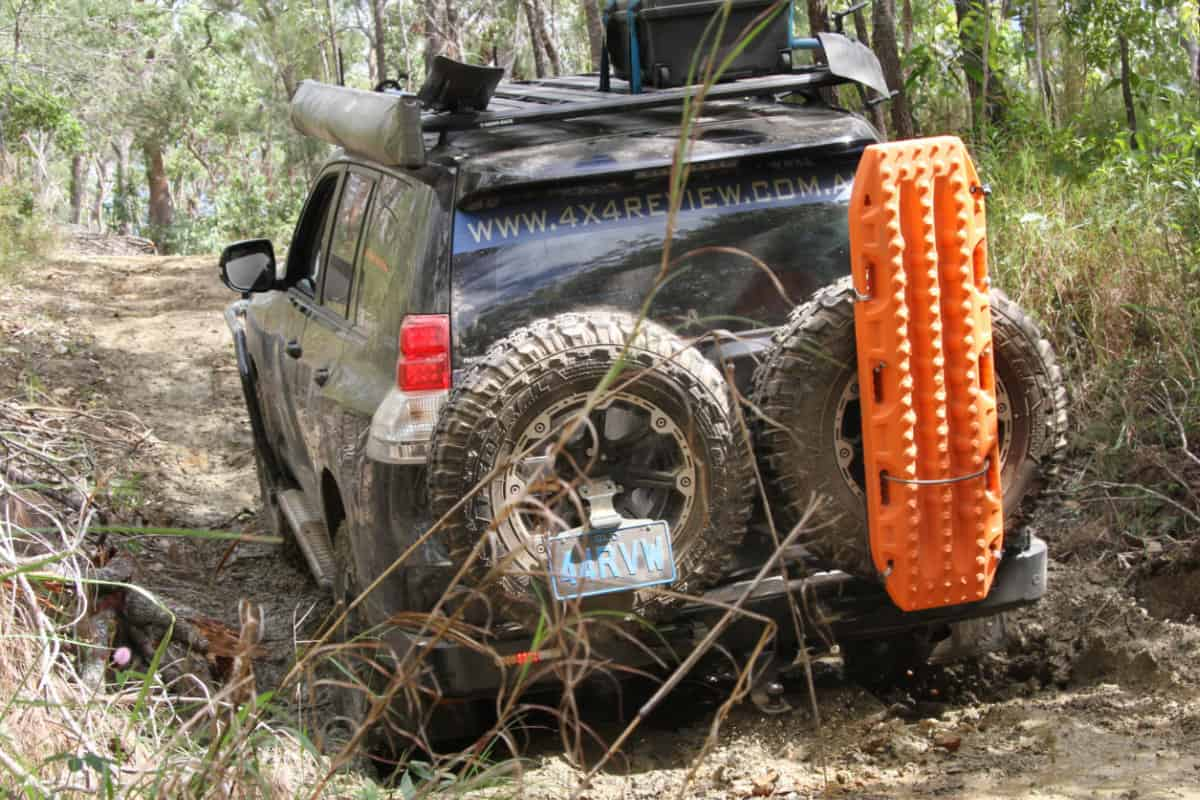 BOGEAR Client MAXTRAX 4wd Recovery